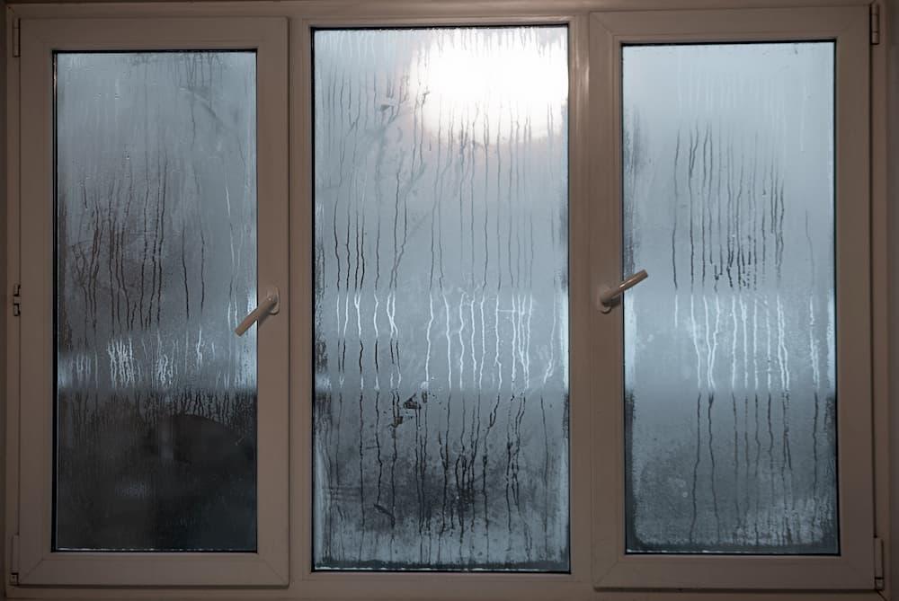 Beschlagene Fenster © surkova.photo, stock.adobe.com