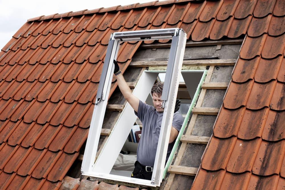 Dachfenster Einbau © Velux Deutschland GmbH