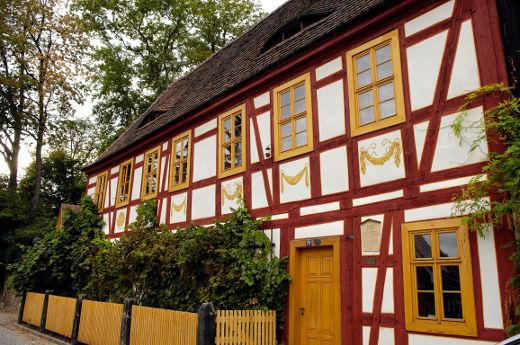Fachwerkhaus mit Holzfenstern © Bauherren-Schutzbund e.V.