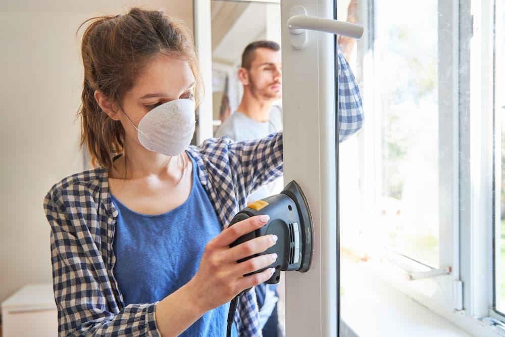 Fenster abschleifen © Robert Kneschke, stock.adobe.com