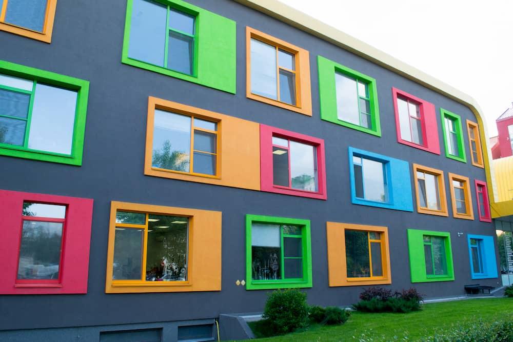 Bunte Fenster  © maramicado, stock.adobe.com