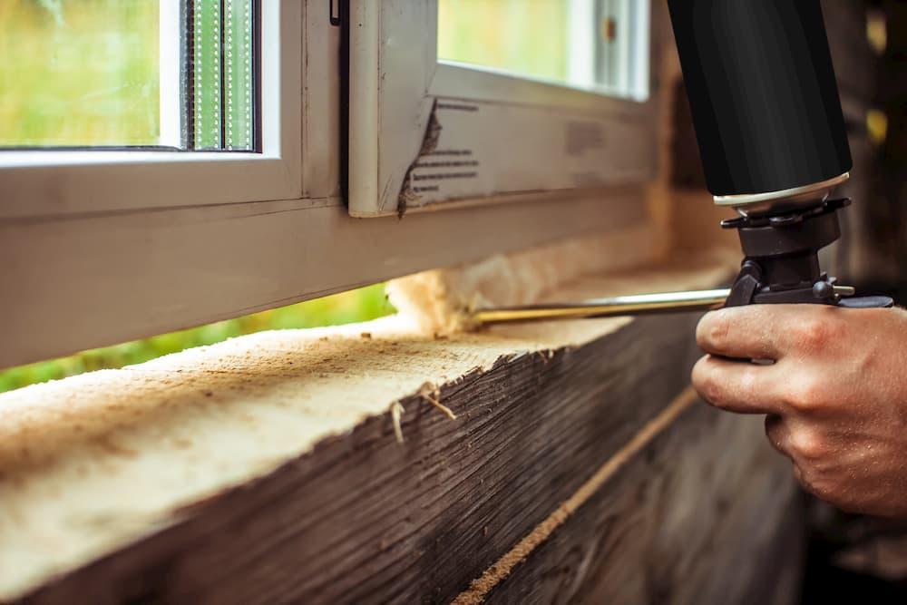 Fenstereinbau: Fehler Bauschaum © venerala, stock.adobe.com