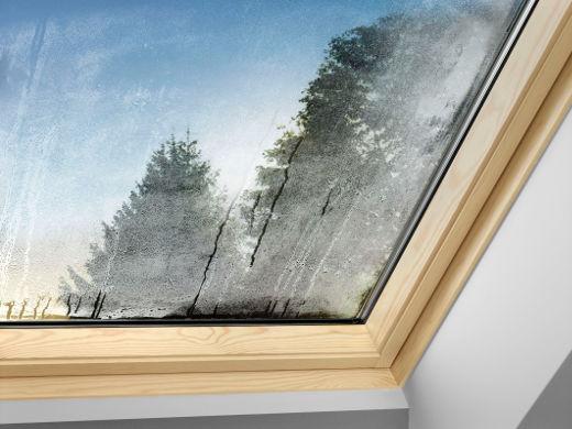 Kondensatbildung am Fenster © VELUX Deutschland GmbH