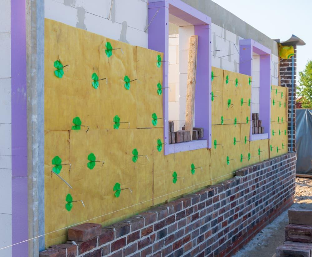Fensterlaibung: Beim Neubau wird direkt intensiv gedämmt © GM-Photography, stock.adobe.com