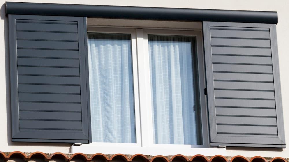 Aluminium Fensterläden © catalyseur7, stock.adobe.com