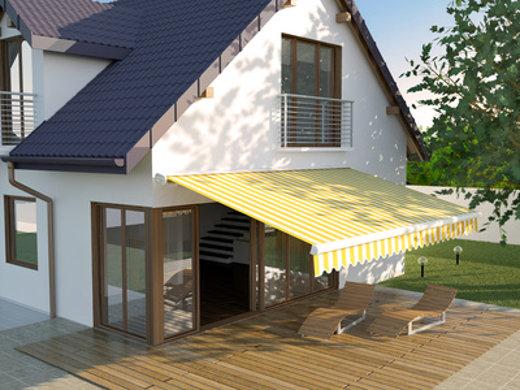 Haus mit Markise © kange_one, fotolia.com