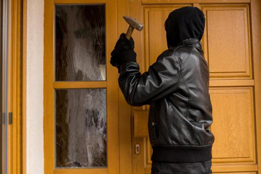 Haustür Einbruch © skatzenberger, fotolia.com