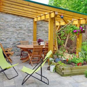Kann ich eine Terrassenüberdachung selber bauen?