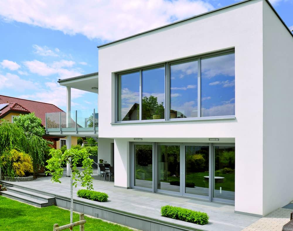 Wohnhaus mit Weru Fenstern © Weru